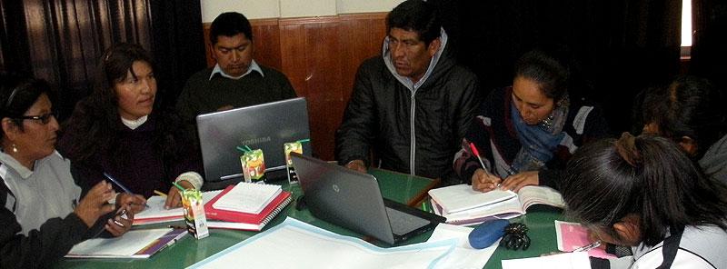 Elaboración del Proyecto Educativo Institucional con enfoque de gestión por procesos y resultados.